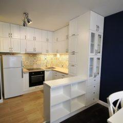 Kuchnia ,fronty lakierowane patynowane